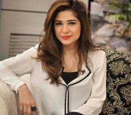 [Press Release] Ayesha Omer and Hina Dilpazeer officially join the cast of Saat Din Mohabbat In (2)