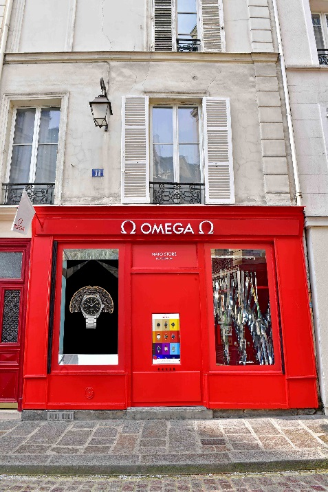[Press Release] OMEGA Launches its NATO Strap Pop-Up Boutique in Paris (1)