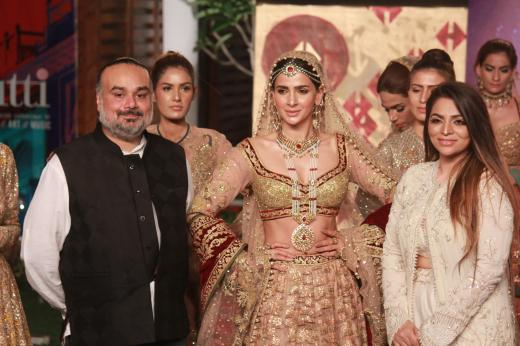 Rimple and Harpreet with Showstopper