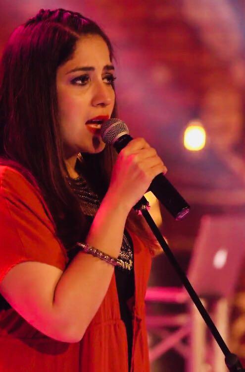 Samra Khan (2)