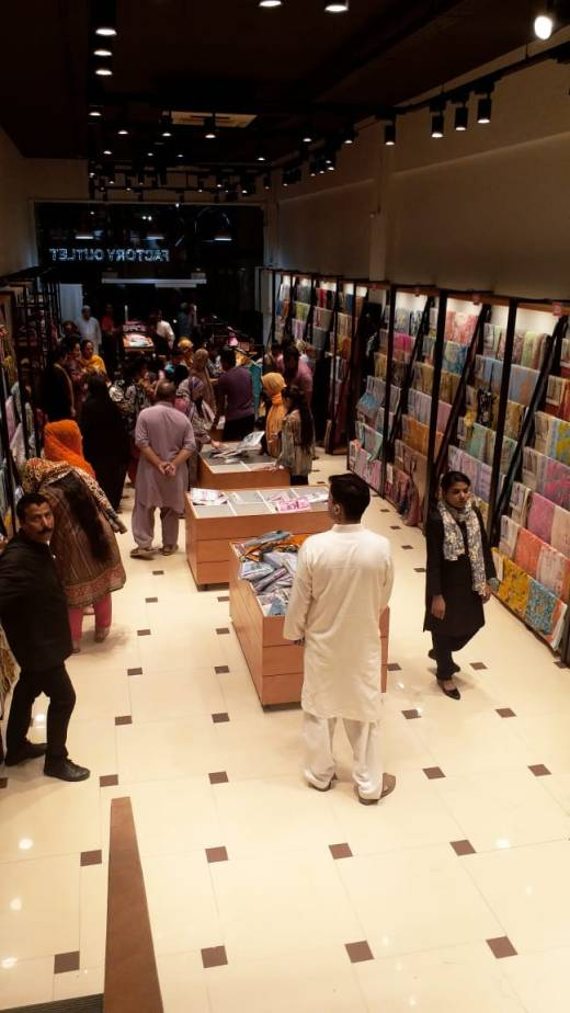 Alkaram Studio Opens New Outlet at Rashid Minhas Road 02