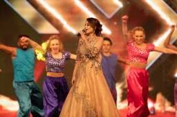 An entertaining performance by Aima Baig at 3rd IPPA Awards 2019