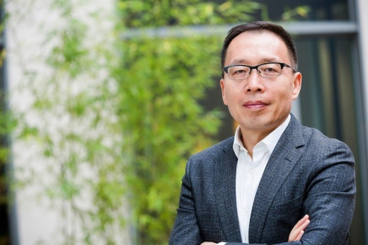 Huawei Photo - Victor Zhang, Vice President at Huawei